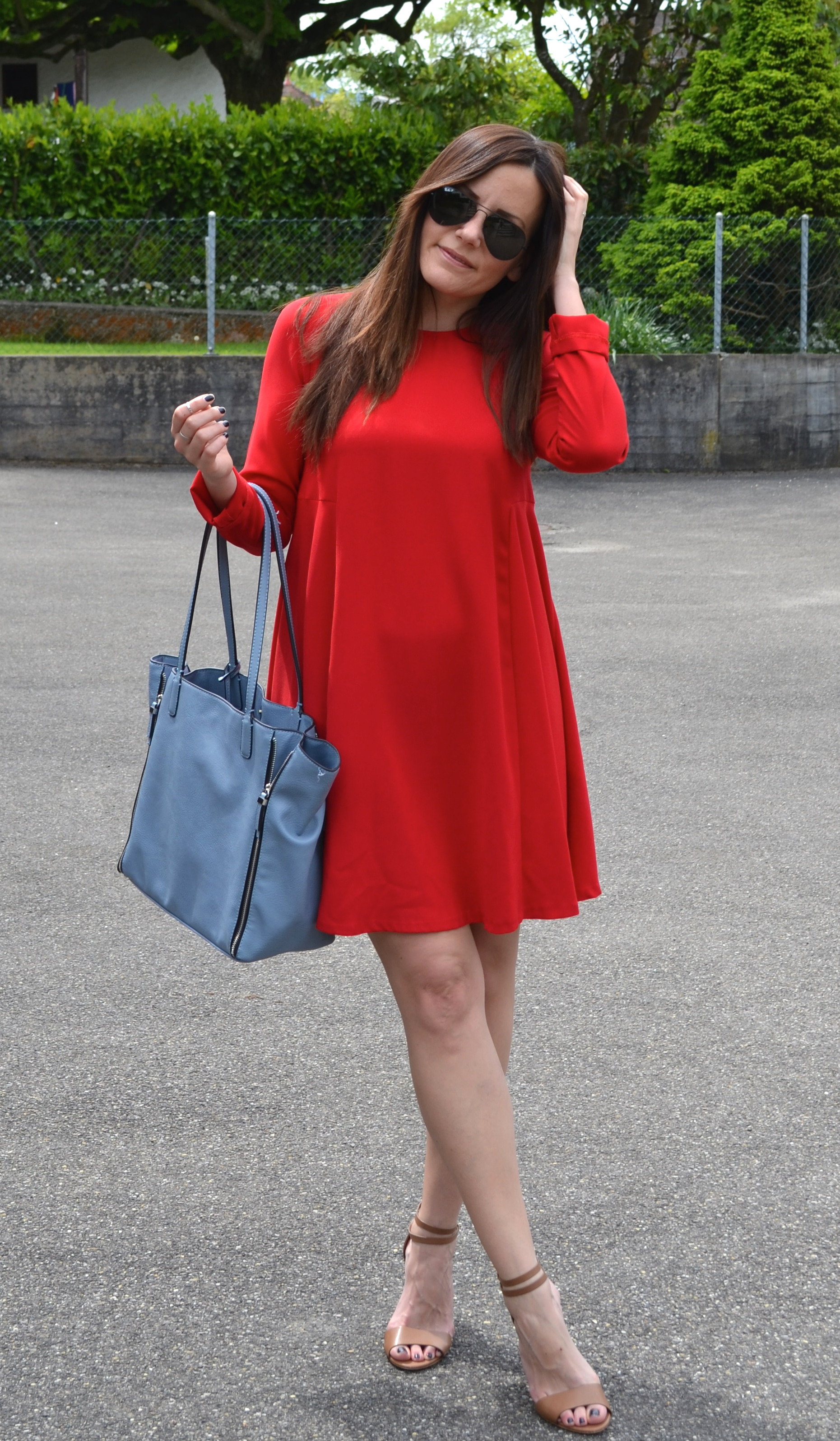 Walking red for Zalando rotes kleid