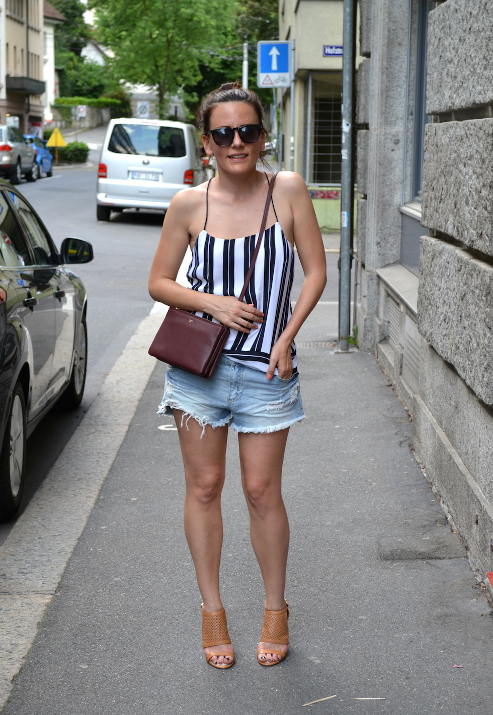 Sommertrend ripped shorts mekivi mode blog schweiz