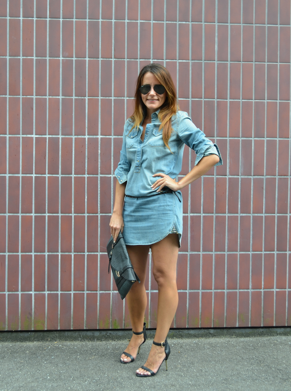 GUESS Los Angeles Denim Dress, fashionblog europe