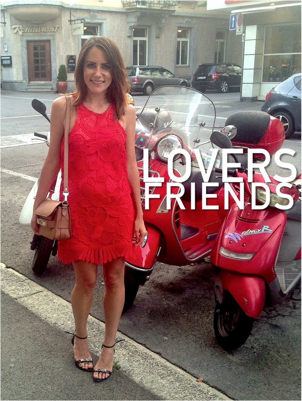\Lovers And Friends Caspian Shift Dress in Coral\